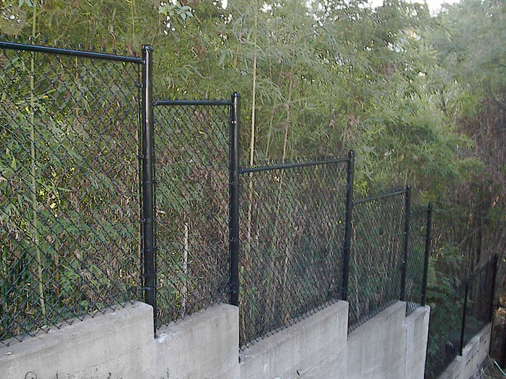 Vinyl Coated Chain Link - A-1 Steel Fence Co., Inc.